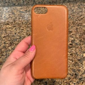 Accessories - Apple Leather iPhone 7 Case